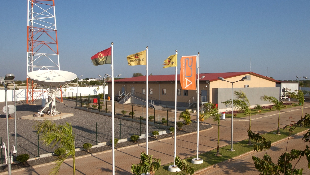 Completed prefabricated eCentre data centre built for ACS in Luanda, Angola